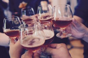 Fun Drinking Games that Prompt Socialization
