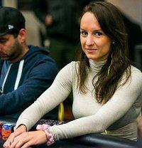 Female Canadian Poker Pro Ema Zajmovic