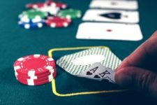 How to Play Omaha Hold'em Poker