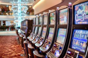 Slot Machines Online and On Land