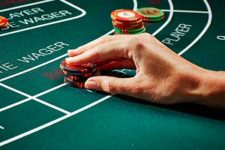 How to Play Baccarat Online for Real Money
